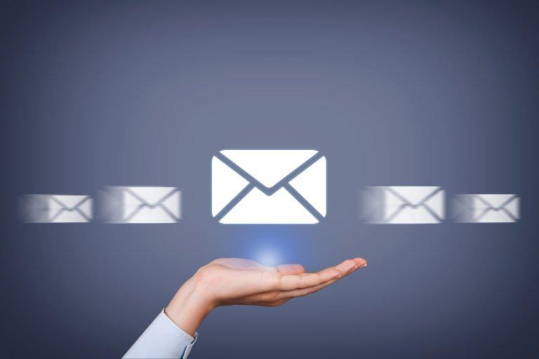 Inviare una PEC è come andare alle poste?